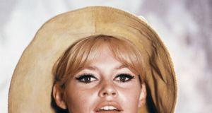 Słynne baleriny Brigitte Bardot uznano za dzieło sztuki. Wciąż można je kupić!