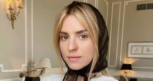 """Kasia Tusk skrytykowana na pokazanie zdjęcia córki ze szpitala. """"To cyniczne. Prywatny pokoik z łóżkiem i pościelą"""""""
