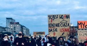 """Polska jak Burkina Faso, Węgry i Kuwejt. Minister Spraw Zagranicznych podpisał międzynarodową """"antyaborcyjną"""" deklarację"""