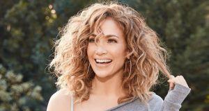 Jennifer Lopez mogłaby używać najdroższych kremów, a stosuje produkt, który znajdziesz w kuchni!