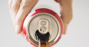 Coca - cola to nie wszystko. Które produkty dla dzieci mają masę cukru, a nie zdrożały? Nie daj się oszukać
