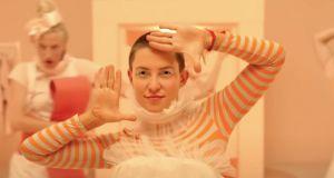 """Kate Hudson w ogniu krytyki po filmie """"Music"""". Wiele osób chciałoby, aby ten film nigdy nie powstał"""