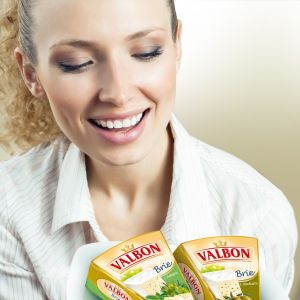 Valbon_Brie_woman