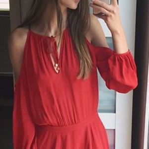 lookbook-red-cold-shoulder-dress