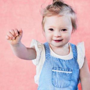 Dziewczynka z zespołem Downa w kampanii znanej sieciówki