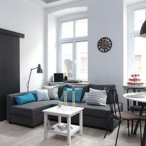 Mocne kolory w mieszkaniu - niebieski