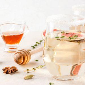 Przepis na białe grzane wino z wanilią