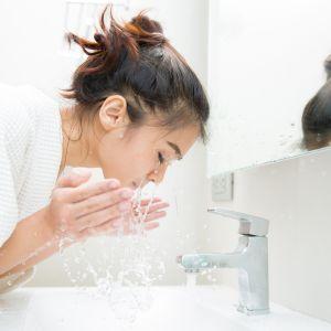 Objawy choroby Hashimoto: problemy z cerą