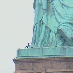 Patricię Okoumou na Statule Wolności
