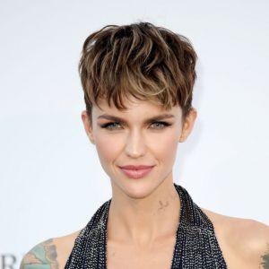 Fryzury Na Cienkie Włosy Najlepsze Cięcia Kobietapl