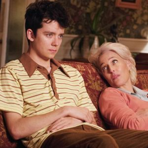 "Gillian Anderson, Asa Butterfield w ""Sex Education"""
