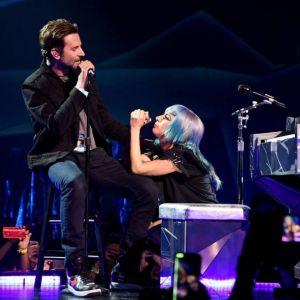 """Lady Gaga i Bradley Cooper w duecie w utworze """"Shallow"""""""