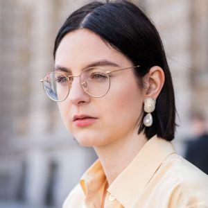 Kolczyki z perłą spinki z perłą super trend moda wiosna 2019