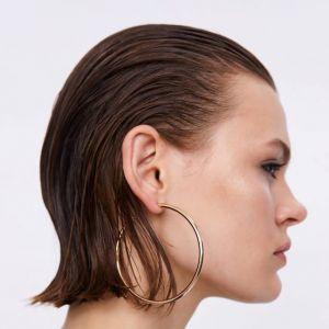 Cienkie włosy: nie przesadzaj ze szczotkowaniem