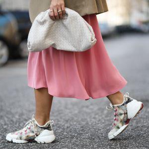Sneakersy trendy moda wiosna 2019
