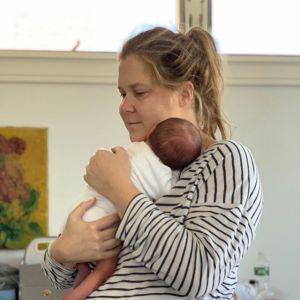 Amy Schumer mocno odpowiada na hejt związany z powrotem do pracy po porodzie
