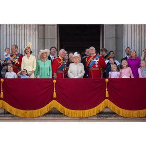 Rodzina królewska na obchodach z okazji urodzin królowej Elżbiety II
