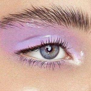 Glossy eye - mokra powieka