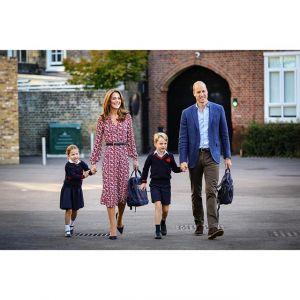 Księżniczka Charlotte idzie do szkoły