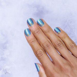 Paznokcie jesień 2019: Niebieskie paznokcie