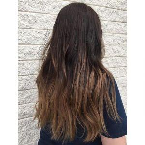 Czekoladowe ombre na ciemnych włosach