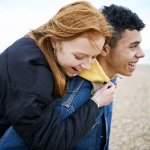 Jak emocje wpływają na skórę: Miłość