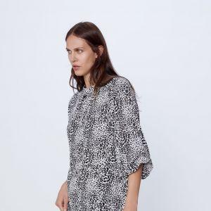 Sukienka Zara oversize przeceniona na 99,5 zł