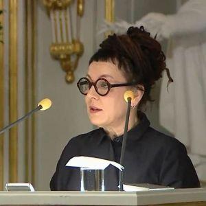 """Olga Tokarczuk wygłosiła mowę noblowską pt. """"Czuły narrator"""""""