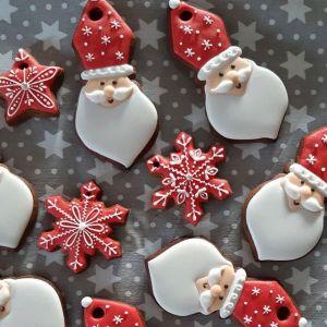 Pierniczki świąteczne: pomysły na dekorowanie pierniczków