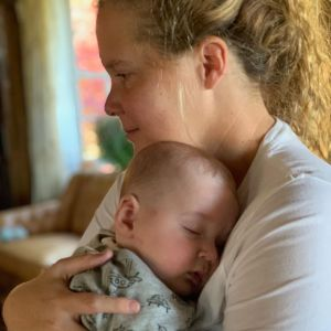 Amy Schumer o trudnym porodzie: wzruszający wpis