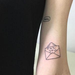 Minimalistyczne tatuaże - ignorant tattoo