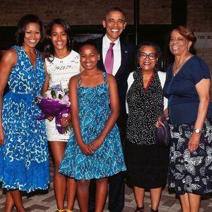 Michelle Obama i Barack Obama z rodziną