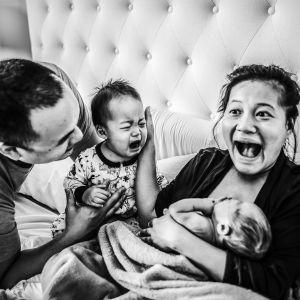 Najlepsze zdjęcia porodowe 2020: Honorowe wyróżnienie dla Polki Pauliny Splechty