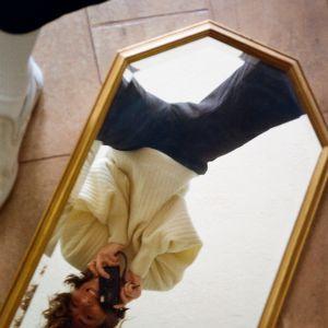 """""""Jej obraz, jej historia"""".  & Other Stories świętuje  Dzień Kobiet serią  ośmiu autoportretów"""