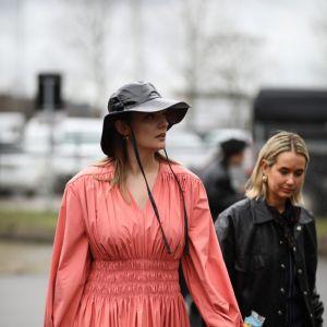 5 rodzajów modnych sukienek, które warto mieć: moda trendy 2020