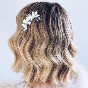 Fryzury na wesele 2020 dla półdługich włosów