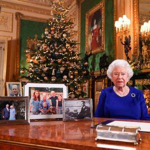 Królowa Elżbieta II zagrożona koronawirusem