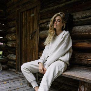 MUUV wygodny homewear: gdzie kupić ładny dres?