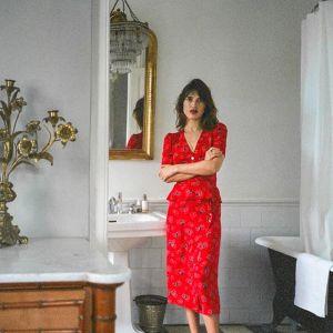 Makijaż do czerwonej sukienki