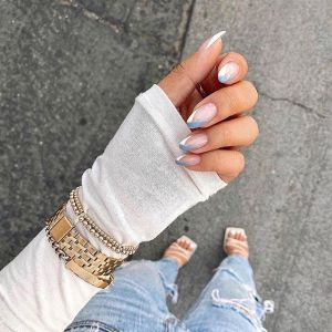 Kolorowy french manicure