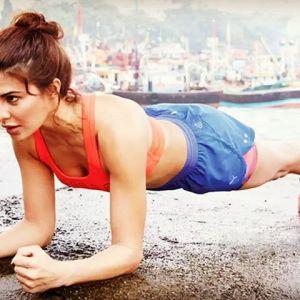 Ćwiczenia na płaski brzuch: deska