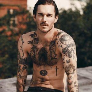 Tatuaż Męski Rękaw 22 Top Wzorów Tatuaży Na Ramieniu Kobieta Pl