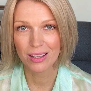 Magda Mołek w bluzce Reserved z wyprzedaży