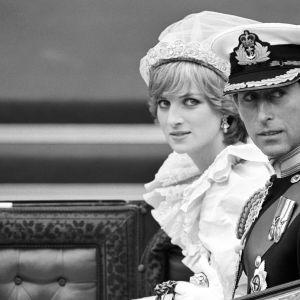 Suknia ślubna księżnej Diany - tajemnica po latach wyszła na jaw