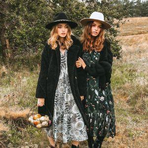 Moda trendy 2020: Sukienki w kwiaty na jesień