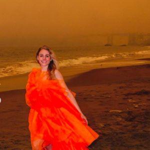 Skandal na Instagramie. Gwiazda Instagrama pozuje na tle pożarów w Kalifornii