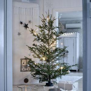 Dekoracje na święta Bożego Narodzenia – jak udekorować dom w stylu skandynawskim – inspiracje