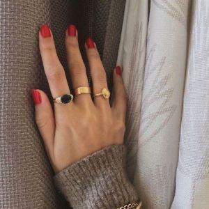 Biżuteria dla minimalistki