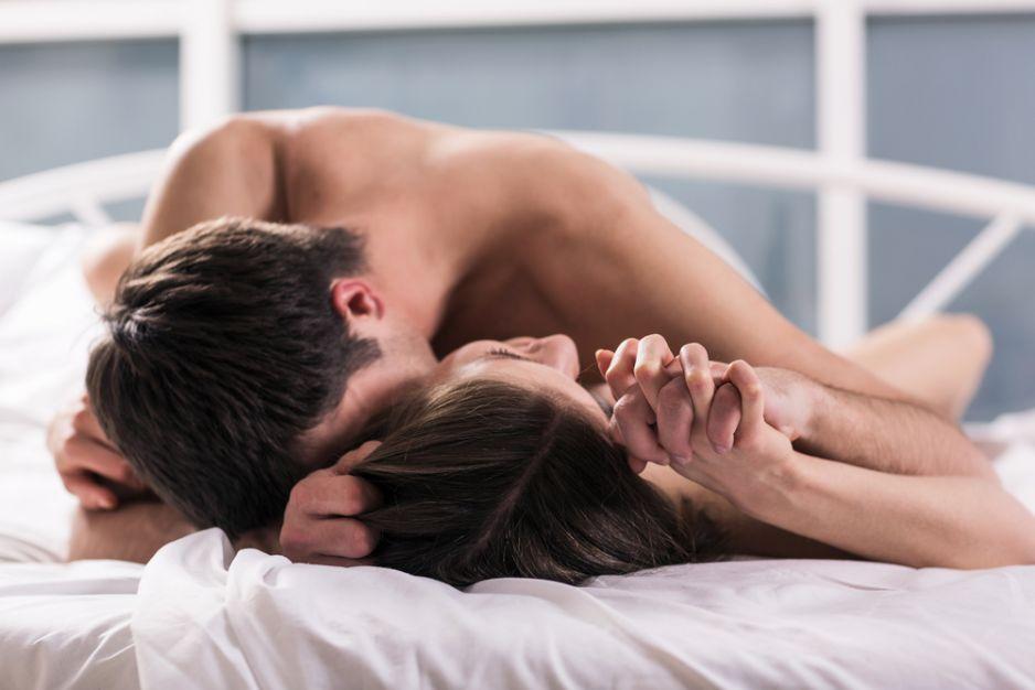 seks w porannych filmach