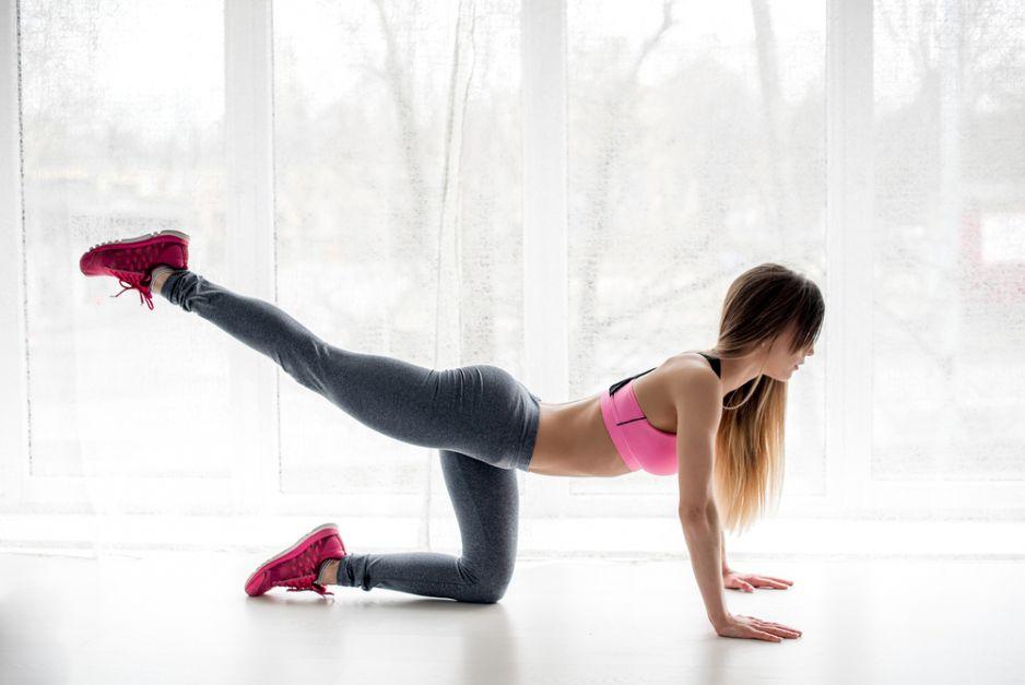 Ćwiczenia na smukłe biodra i uda